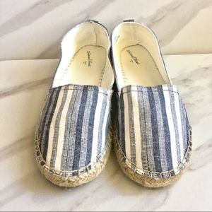 UNIVERSAL THREAD Blue and White Striped Espadrille